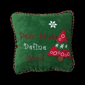 💋FREE WITH PURCHASE💋 NWOT Xmas Pillow